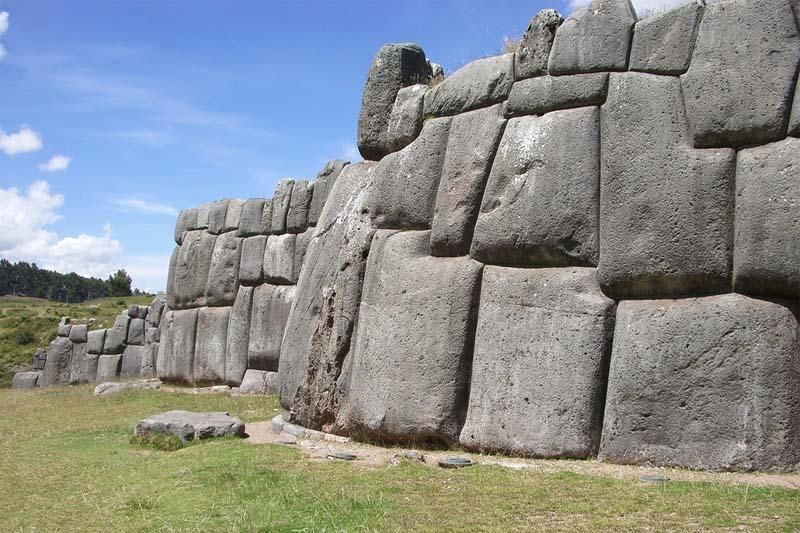 Sacsayhuaman Peru Facts - Sacsayhuaman Fortress